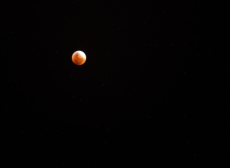 _92B381011_lune