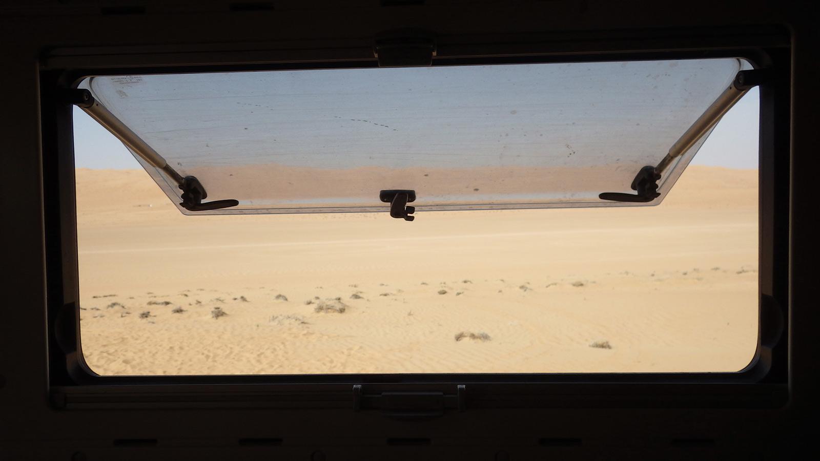 IMGP2883_2016_01_13-Wahiba-Sands-entrée-désert-vers-Al-Bidayah-(Oman)