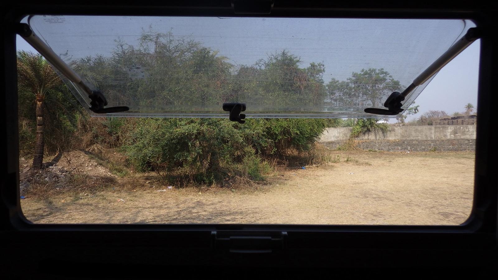 IMGP3369_2016_03_16-Vasai-(Maharashtra)